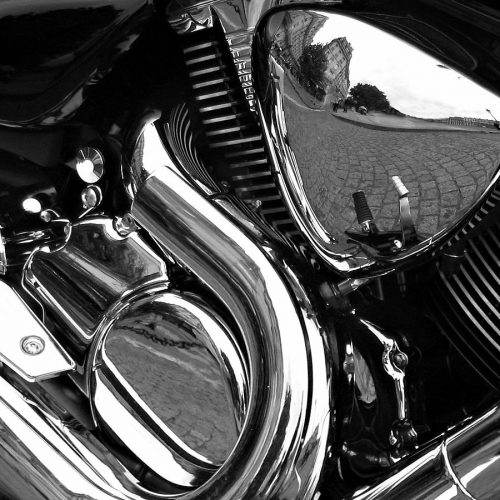 1200px-Motorcycle_Reflections_bw_edit